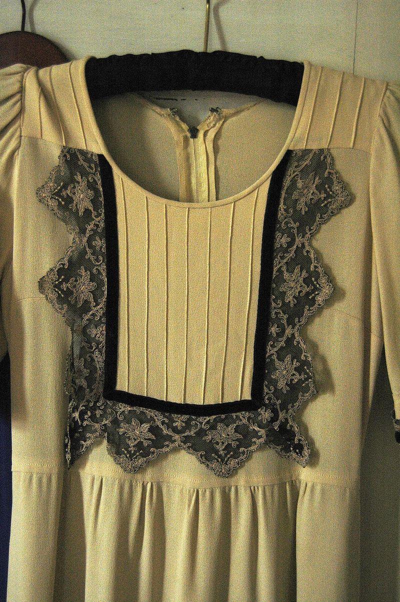 Vintage dress.1